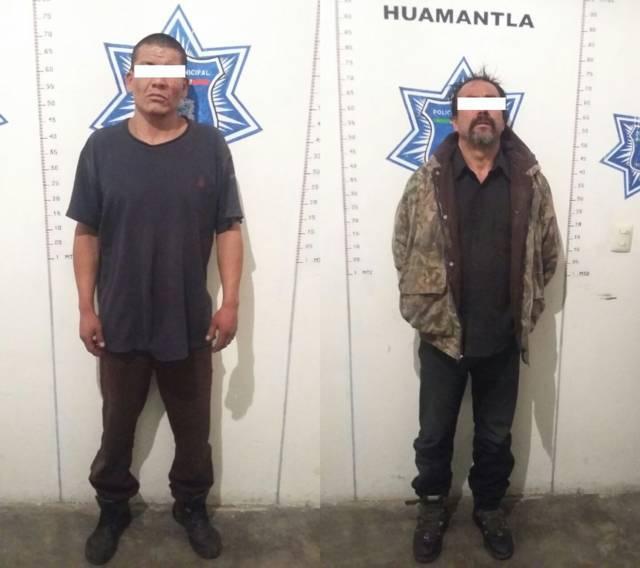 Policía municipal detienen a presuntos ladrones tras robar un camión tortón