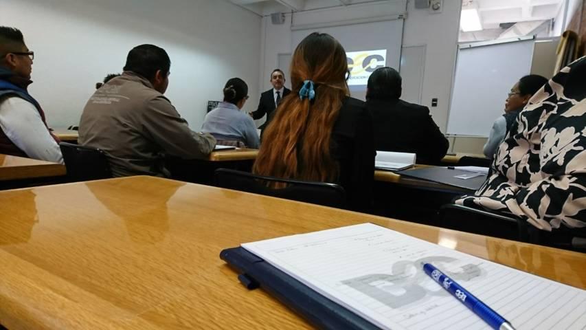 Personal de PGR Tlaxcala recibe curso sobre Atención Ciudadana y Lenguaje Incluyente