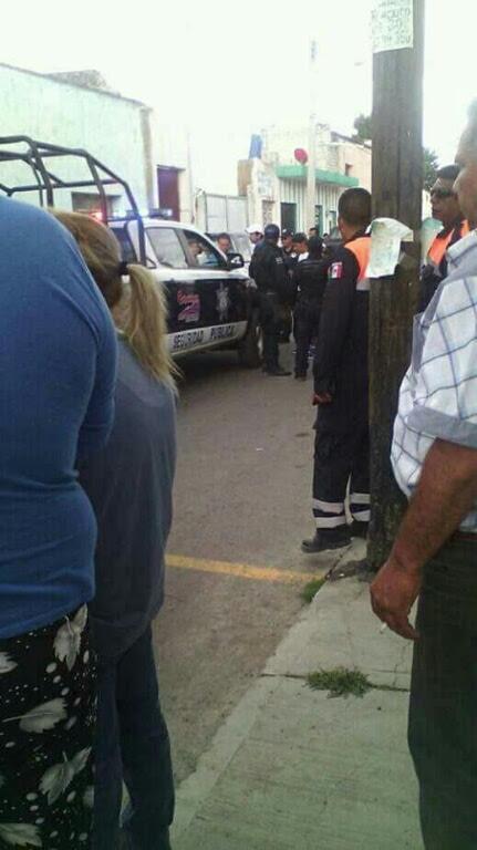 Grave una mujere atropellada por una patrulla en Calpulalpan