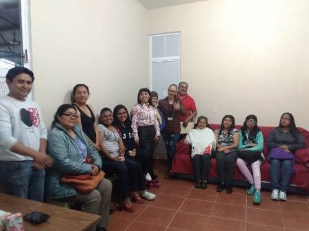 Comuna capitalina lleva clases de inglés intermedio en Metepec