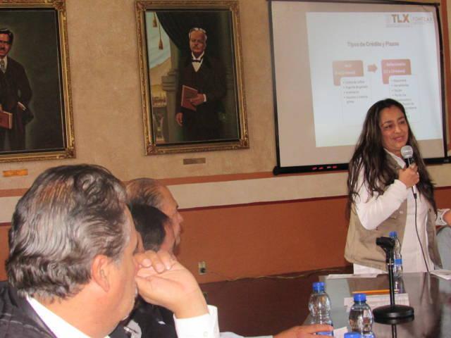Promueven comuna capitalina y Fomtlax Programa de Financiamiento