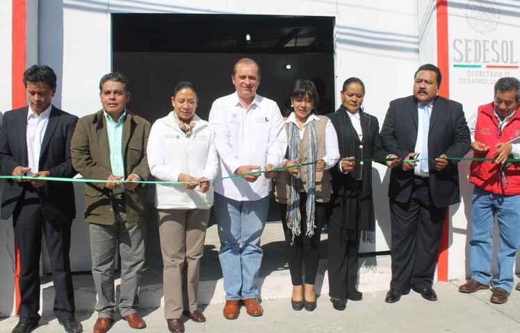 Ayuntamiento de Yauhquemehcan y LICONSA abren nueva lechería