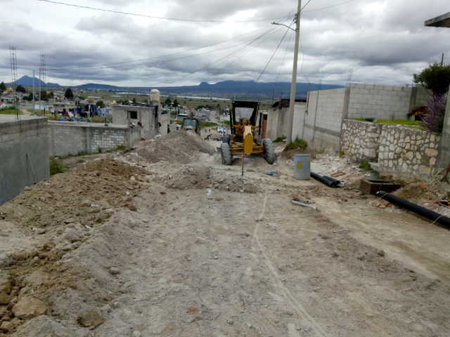 Una comunidad con calles pavimentadas trae desarrollo a los pobladores: alcalde