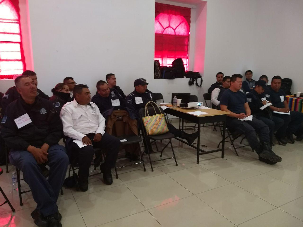 Participan elementos de seguridad de Contla en curso Atractivos Turísticos Municipales