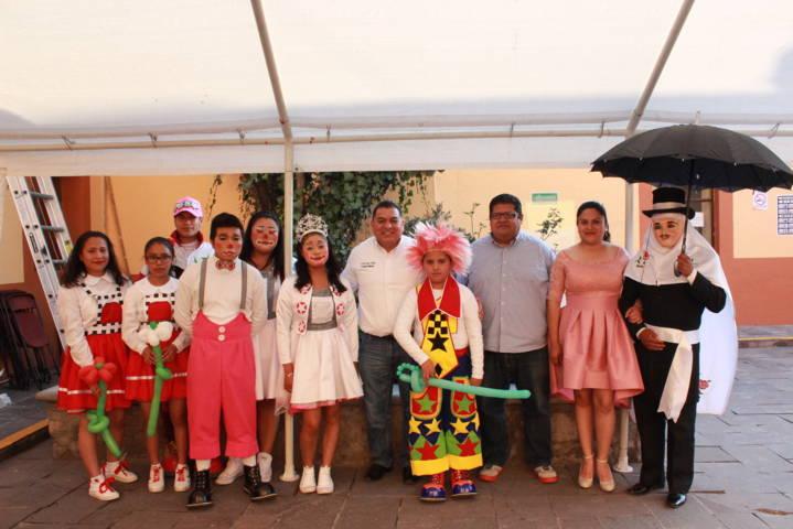 Con apoyos económicos fomenta Eloy Reyes tradicional carnaval