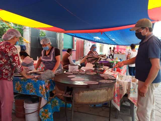Refuerza el Ayuntamiento de Ixtacuixtla el operativo de salud en el tianguis dominical