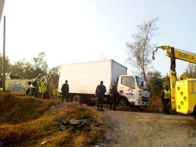 Policía de Apetatitlán recupera camión con reporte de Robo