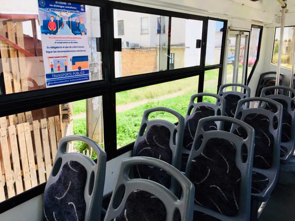 Firman Ayuntamiento de Tetla y transportistas acuerdo para transporte protegido, a fin de abatir contagios al viajar