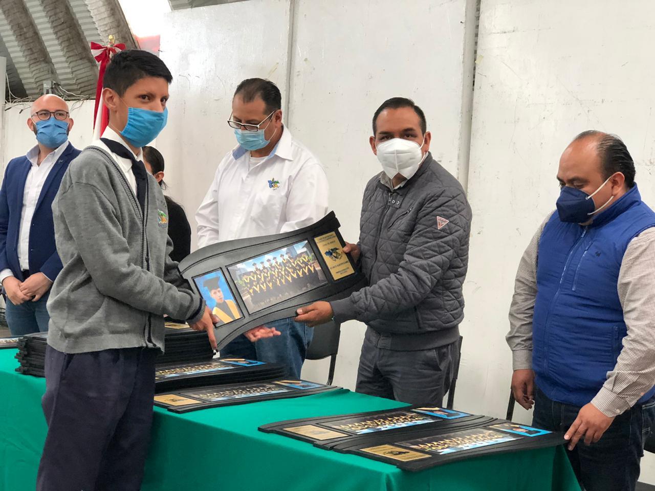 Reconoce MACY a primera generación de egresados del CBTA 134 Ixtenco