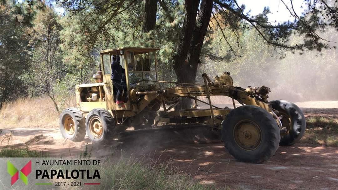 Gobierno de Papalotla rehabilita 42 calles y caminos rurales