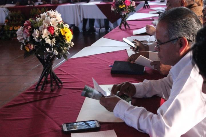 Realiza Apetatitlán primera reunión de trabajo de alcaldes en el Estado Tlaxcala