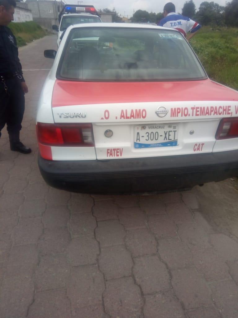 Policía municipal recuperan vehículo robado en Veracruz