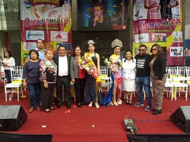 """Alcalde corono a """"Alejandra I"""" como reina de la feria de la 1ra sección"""