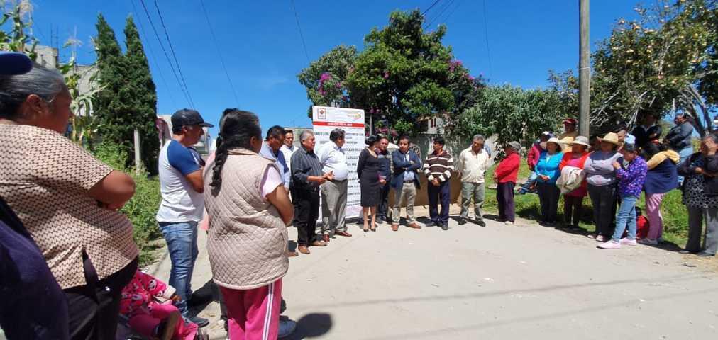 La calle nueva de Poxtla contara con más de 4 mil m2 de pavimento: alcalde