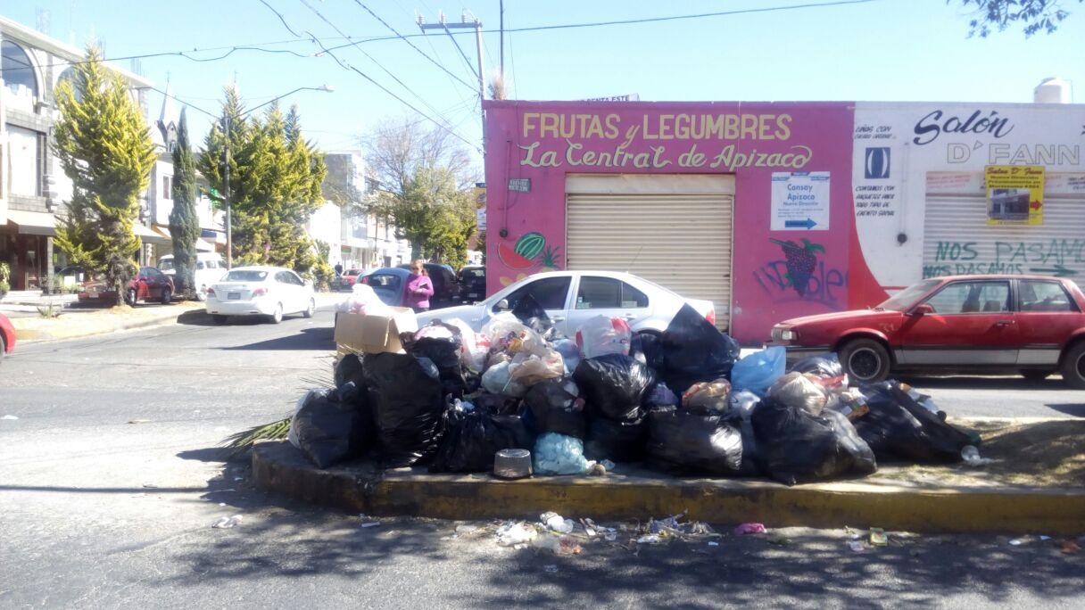 Denuncian mal servicio en recolección de basura en Apizaco