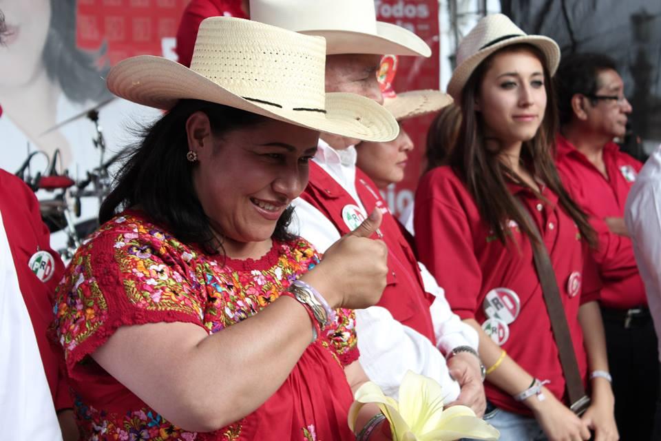 Internautas piden a Blanca Águila que se largue a Zacatelco a buscar diputación