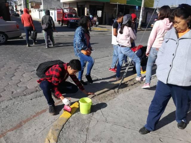 Efectúa Ayuntamiento de Chiautempan jornada de balizamiento en El Llanito