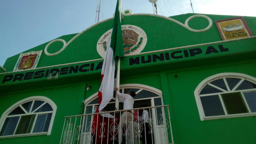 Desampedro López encabezó el 197 aniversario del Día de la Bandera