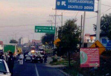 Paraliza tráfico muerte de un sujeto en Tenancingo