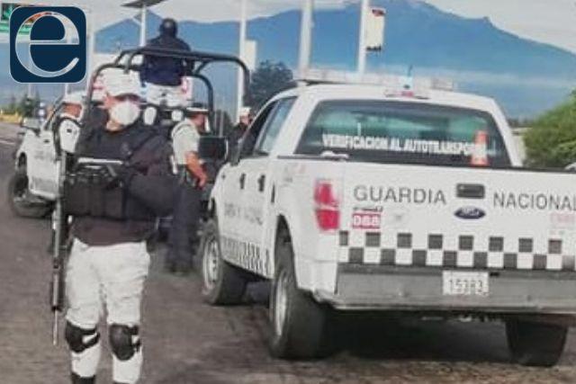 Detienen a 30 migrantes en Cuapiaxtla; los trasladaban en Uber
