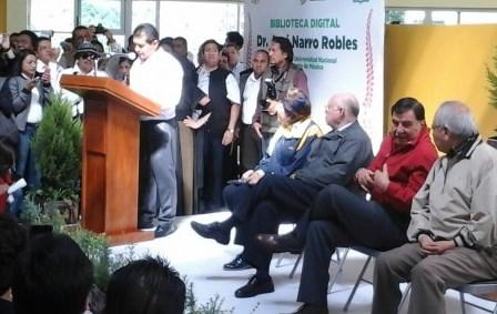 Rector de la UNAM inaugura biblioteca digital en Amaxac