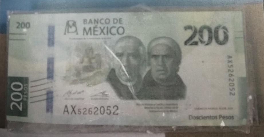 Sentencian por tres años de cárcel a persona por andar pagando con billetes falsos