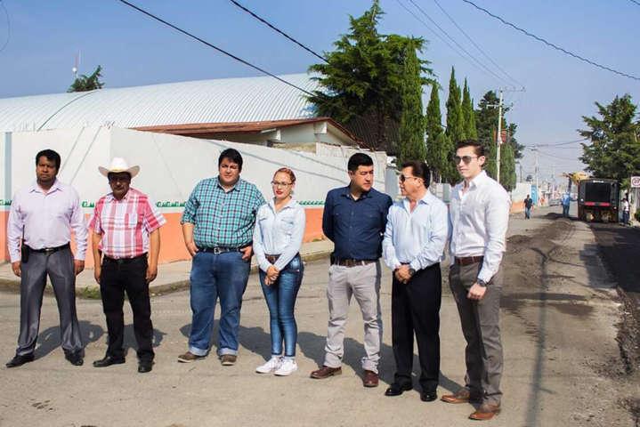 Tras una década de olvido rehabilitan avenida principal en Benito Juárez: Ever Campech