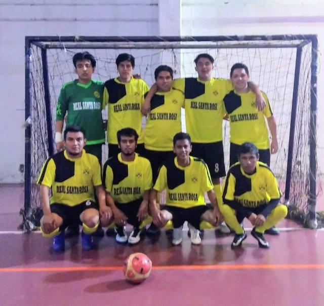 Rumbo a recta final la Liga Municipal de Futsal en Apizaco