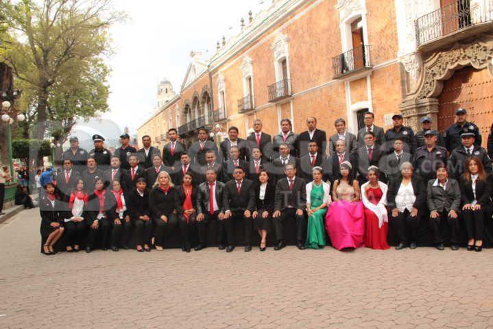 Valencia Muñoz encabezo Arrio de Bandera en la capital del estado