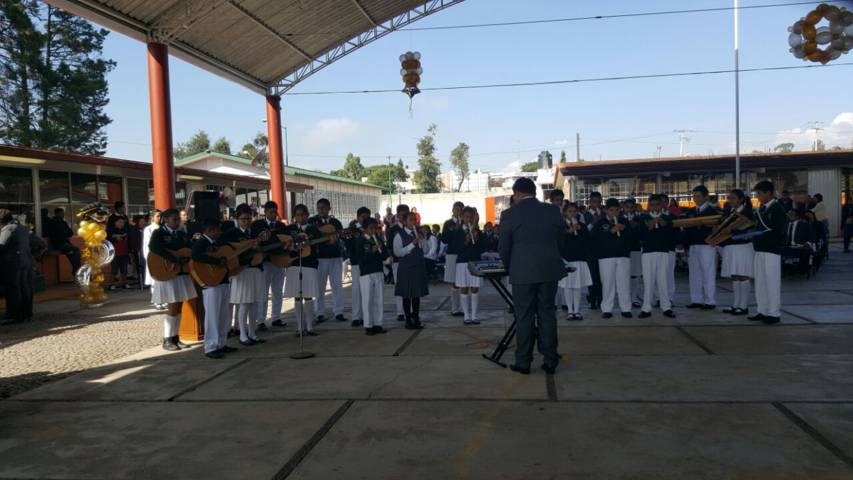 Lorena Cuéllar acude a develar busto en honor a Crisanto Cuéllar Abaroa