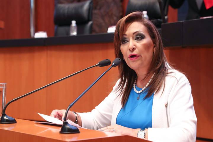Lorena Cuéllar presenta iniciativa para elevar el salario mínimo en el país