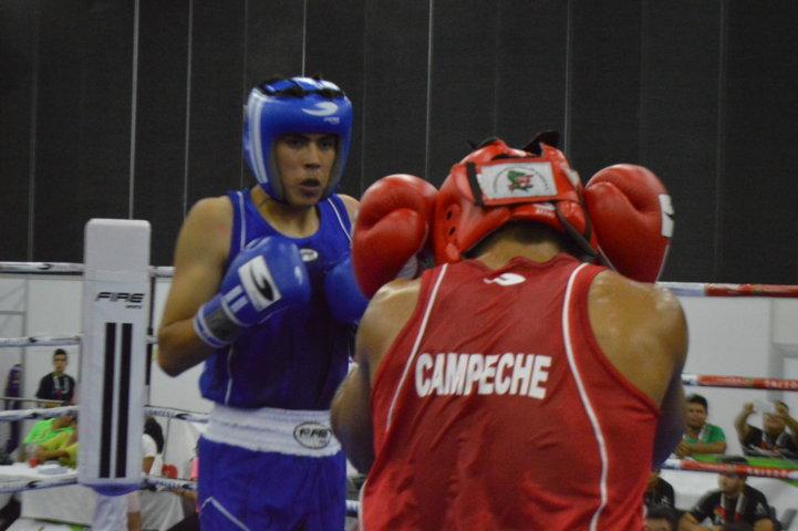 Avanzan Jordi Meza, Oscar Haro y Brandon Valencia en el box de Olimpiada