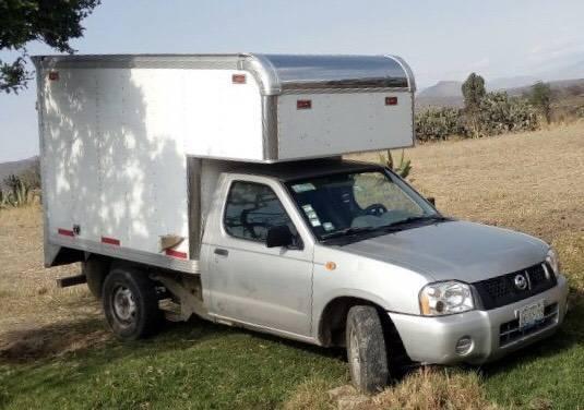 Recupera PGJE camioneta robada en Calpulalpan