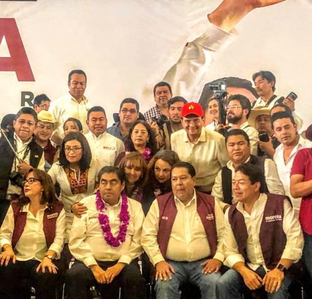 Barbosa arranca campaña en Puebla; Lorena y Claudia lo acompañan