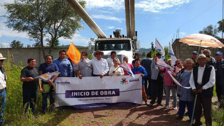 Valencia Muñoz pone en marcha 5 obras de servicios básicos
