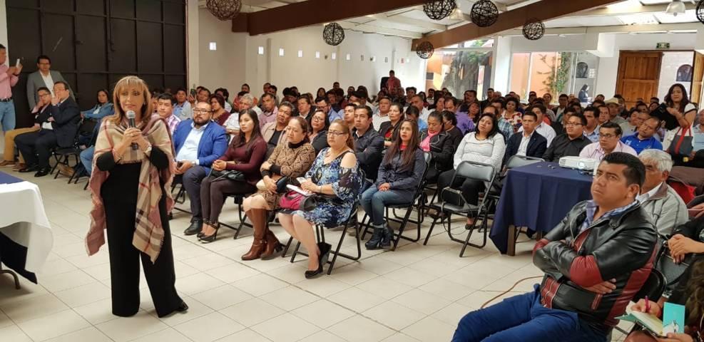 Lorena anuncia fin a corrupción en programas federales