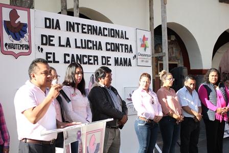 Conmemoran en Chiautempan el día contra el cáncer de mama