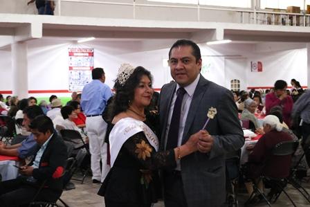 Con convivencia celebra SMDIF Chiautempan el día del Adulto Mayor