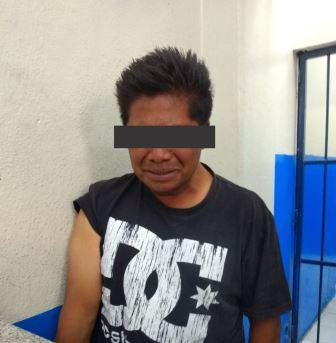 Recupera en Chiautempan auto robado y detiene a ladrones