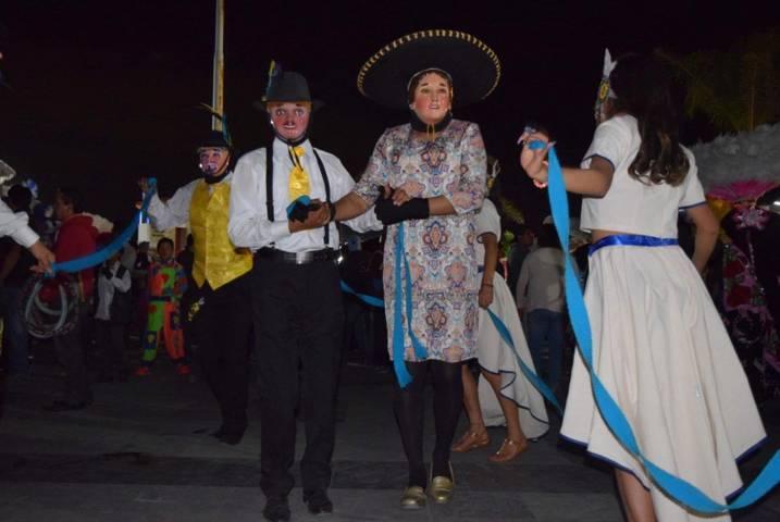 Apoya Badillo Jaramillo Remate de Carnaval