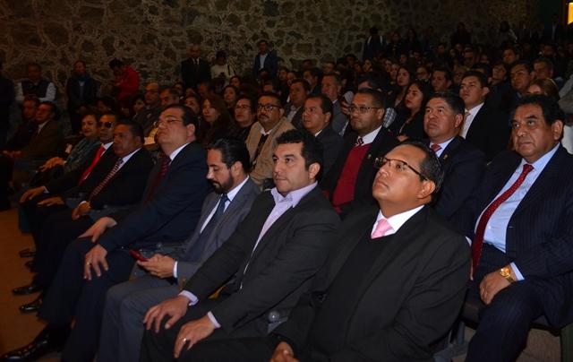 Alcalde de Calpulalpan fue reconocido por participar en las Políticas Públicas