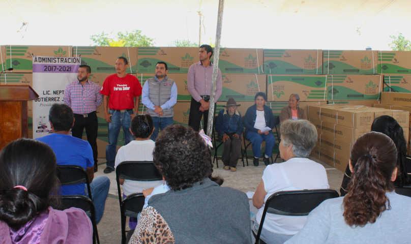 Con estos calentadores fortalecemos la economía de 85 familias: alcalde