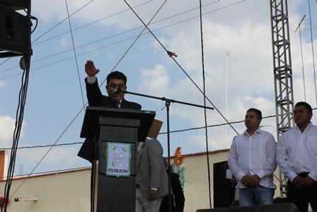 Neptalí Gutiérrez  toma protesta como alcalde de Calpulalpan