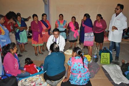 Peregrinos de otros estados reciben atención médica en Calpulalpan