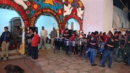 Celebran fiestas patronales comunidades de Calpulalpan