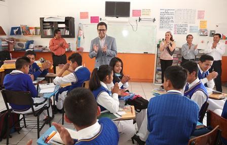 La lectura fortalece la formación académica de las personas