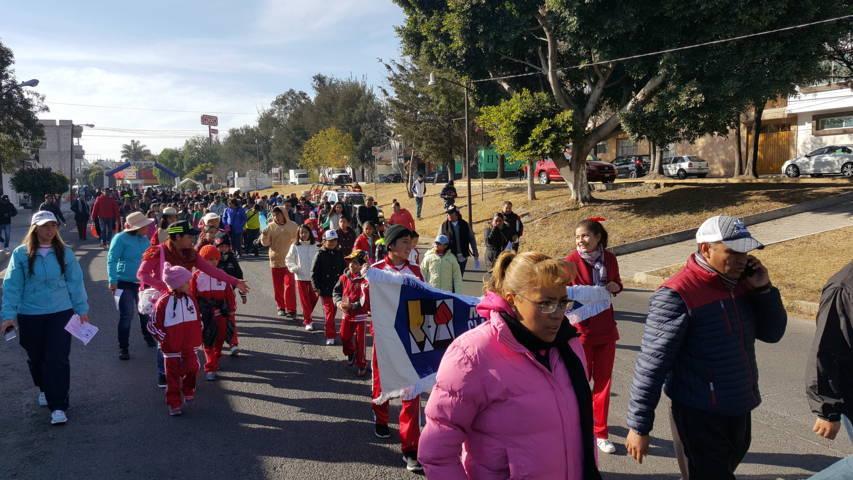 Se suman más de 400 personas a la Caminata por tu Salud en el municipio de Tlaxcala