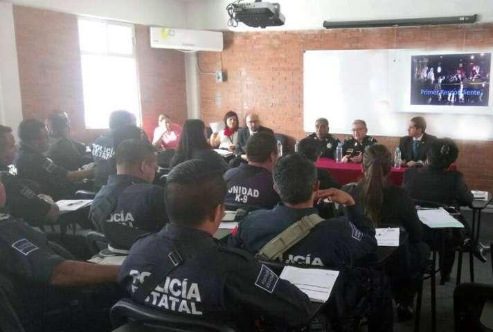 PGR Tlaxcala capacita a elementos de la CES en actuación policias frente al SJPA