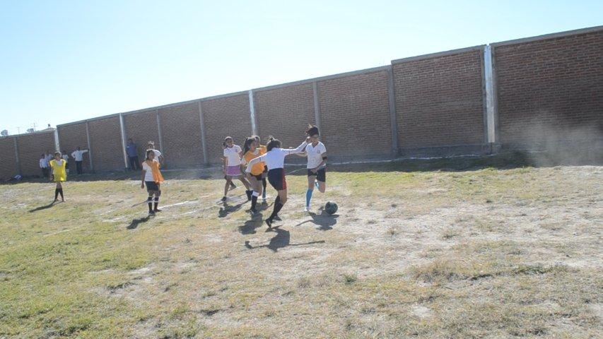 Ayuntamiento fomenta el deporte y la sana convivencia en alumnos del municipio