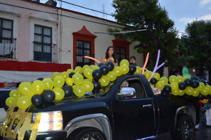 Candidatas a reina de La Feria de Todos 2018 realizan una caravana